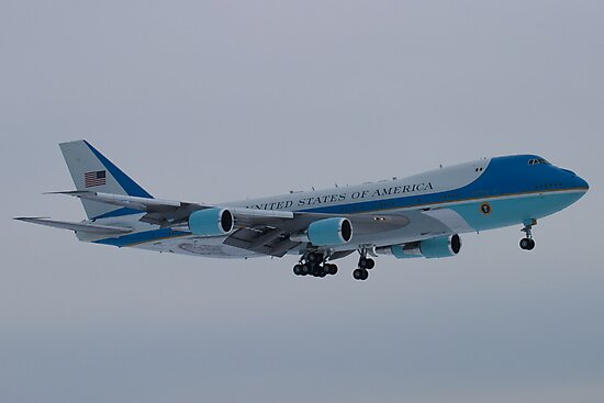 Side Shot of Air Force One On Approach to KCLE January 2012 by Henry Plumley