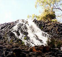 Dip Falls by tunna