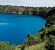 0855 Blue Lake - Mount Gambier by DavidsArt