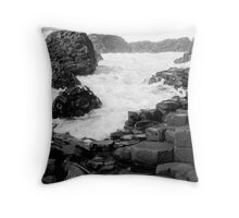 Giants Causway Throw Pillow