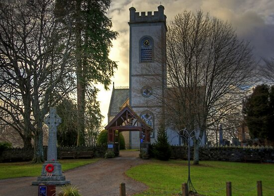 Kenmore Parish Church by Tom Gomez