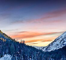 Last sun over Bansko by rilindh