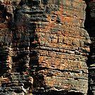 Rusty rock face by clickedbynic