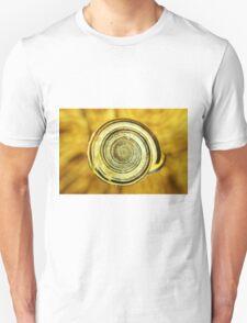 snail shell close macro art T-Shirt