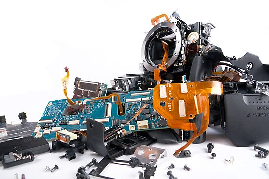 Broked DSLR camera by Maxim Mayorov