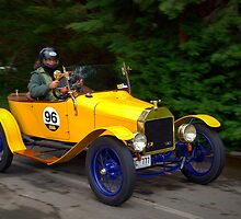 Ford Model T 1915 by Geoffrey Higges