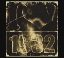 I love 1932 - Vintage lightning and fire T-Shirt by Nhan Ngo