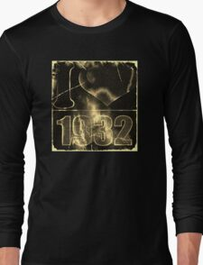 I love 1932 - Vintage lightning and fire T-Shirt Long Sleeve T-Shirt