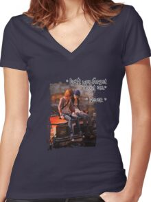 Life is Strange Don't forget  Women's Fitted V-Neck T-Shirt