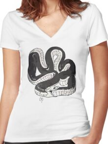 Chloe's Snake Shirt - Episode 5 Women's Fitted V-Neck T-Shirt