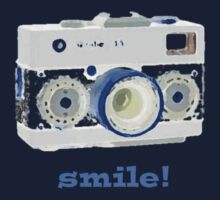smile for the camera Kids Tee