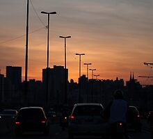 Late traffic jam by talitafotografa