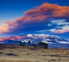Konyavska mountain by Ivo Velinov