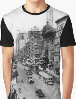 Vintage Broadway NYC Photograph (1920) Graphic T-Shirt