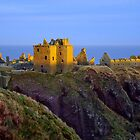 Sun Setting on Dunnottar Castle by GillBell