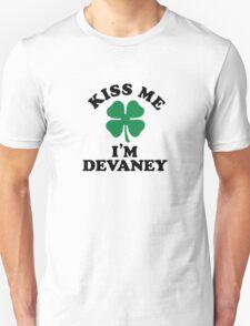Kiss me, Im DEVANEY T-Shirt