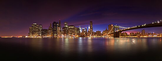 Manhattan z Brooklyn Bridge Park in New York by Zoltán Duray