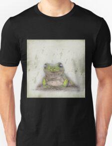 Posing green tree frog T-Shirt