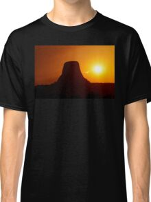Sunset over Devils Tower Classic T-Shirt