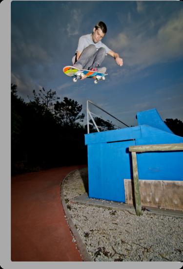 Skateboarder flying by homydesign