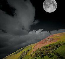 Full moon over the Dalveen by kevindobie