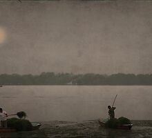 sunset on the lake of Summer Palace by Patrick Monnier