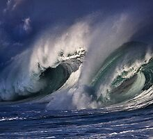 Winter Waves At Waimea Bay 6 by Alex Preiss