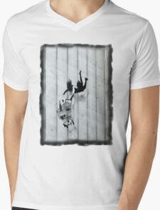 Trolley Girl Fall Mens V-Neck T-Shirt