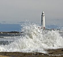 Waves at St. Mary's Lighthouse by David Pringle