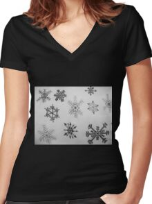 Black and white snowflakes  Women's Fitted V-Neck T-Shirt