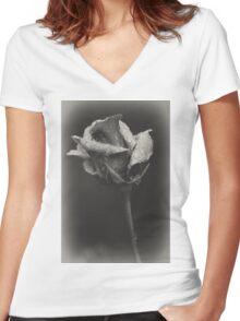 Gray rose Women's Fitted V-Neck T-Shirt