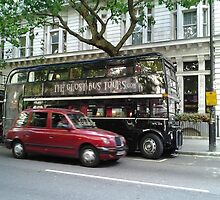 Ghost Bus Tour by Orontes