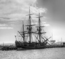 Endeavour in Albany harbour by BigAndRed