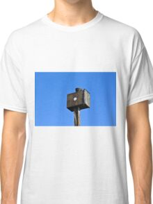 Forgotten and alone Classic T-Shirt