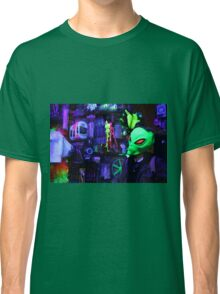 alien abduction glowing photo Classic T-Shirt
