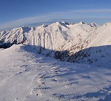Fagaras Mountains by alexionescu