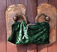 Door riddle (2) by Marjolein Katsma