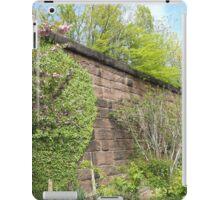 Jersey City, New Jersey, Sixth Street Embankment,  Brunswick Community Garden  iPad Case/Skin