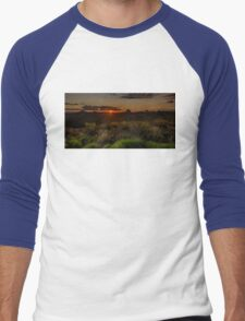 Glass House Mts Sunset Men's Baseball ¾ T-Shirt