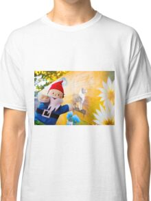 Memory Wall Gnome Classic T-Shirt