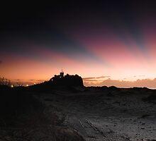 Nobby's Lighthouse by stufotoart