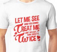 TWICE OOH AHH Unisex T-Shirt