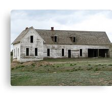 Old empty house Canvas Print