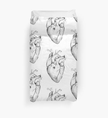 Distrusting heart Duvet Cover