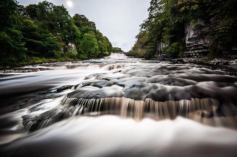 Aysgarth Falls by Vaidotas Mišeikis