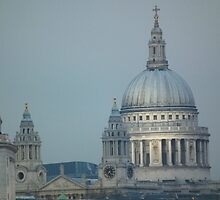 ST Pauls at dusk by mike  jordan.