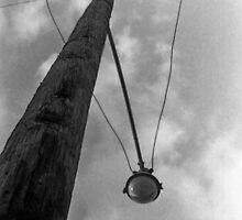 Sie finden Alte Holz - Nummer 2 by Glenn Cecero