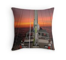 YACHT RED BOOMER II SUNSET Throw Pillow