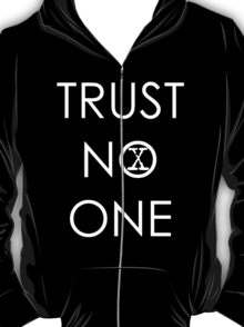 Trust No One (1) T-Shirt