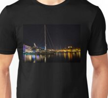 Reflecting on Malta - Grand Harbour Marina Vittoriosa  Unisex T-Shirt